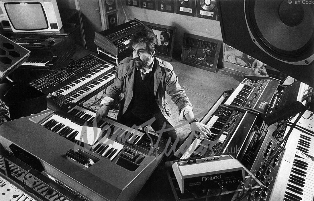 Vangelis composing to film - Refresh page if no image visible
